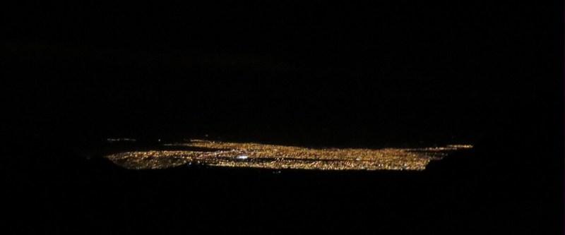 Lichter von La Paz in der Dunkelheit