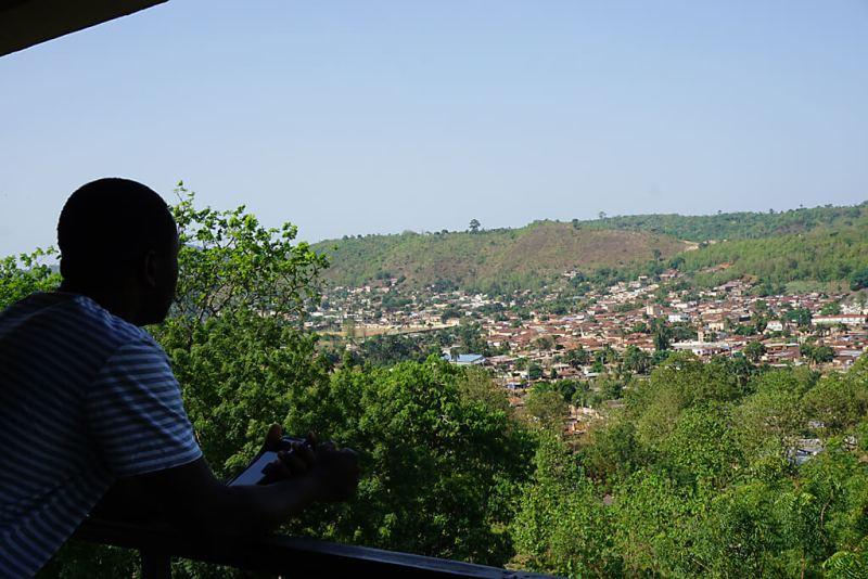 Ausblick vom Roc Hotel in Atakpamé in Togo