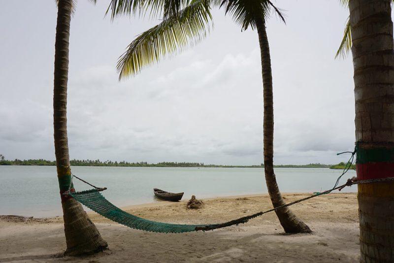 Hängematte bei Grand Popo in Benin an der Lagune des Mono