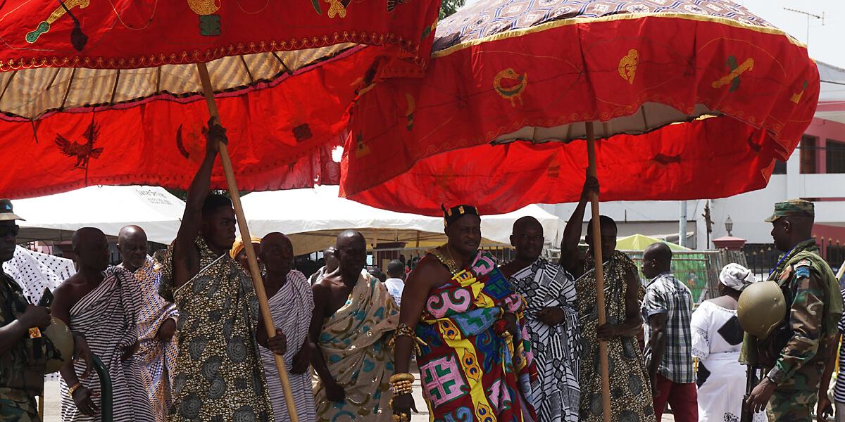 Aufmarsch der Könige zum Thronjubiläum des Aschanti Königs in Kumasi, Ghana