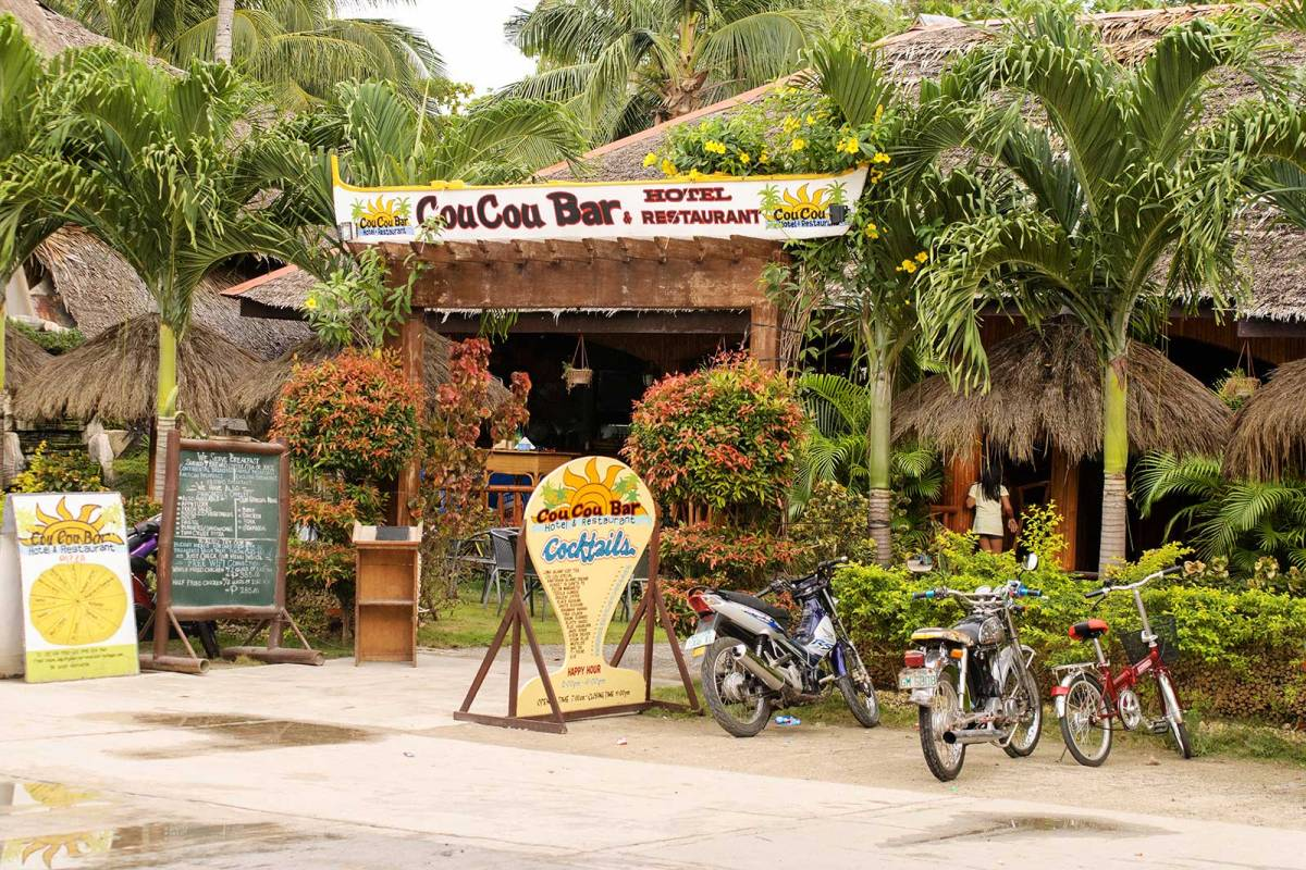 Cou Cou Bar and Restaurant, Bantayan Island