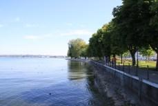 An der Uferpromenade
