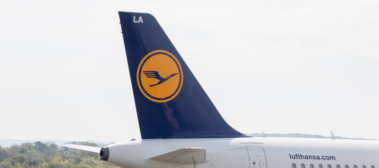Piloten Lufthansa blijven maar staken