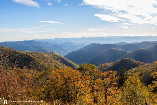 The Blue Ridge Parkway - A passage through paradise, Travel Realizations, USA, North Carolina, Blue Ridge Mountains, fall colors, autumn