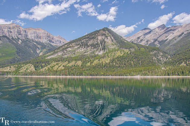 Chronicles of Canadian Rockies - Banff and Jasper, Travel Realizations, lake  Minnewanka,