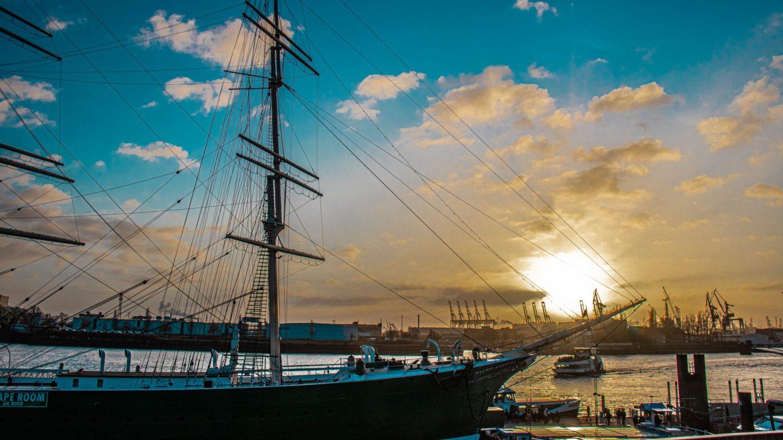 Hamburg – The Hanseatic harbor city!