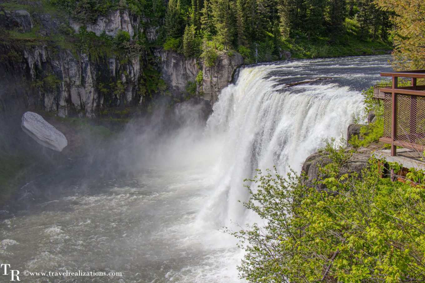 Mesa Falls in Idaho on the way to Yellowstone National Park