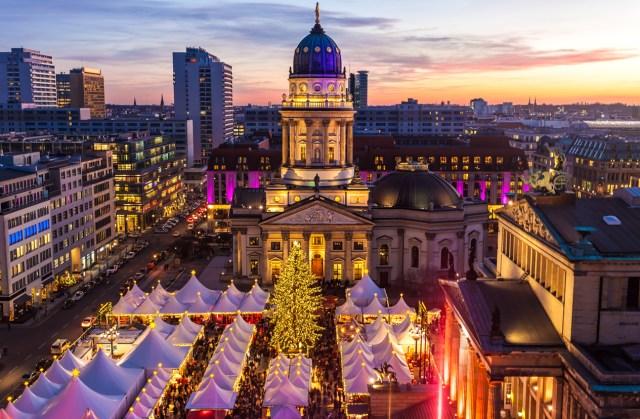 Christmas Market in Berlin / Gendarmenmarkt