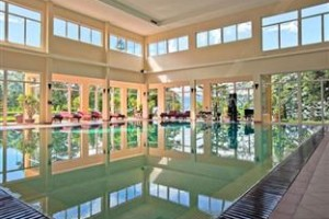 Swimming Pools in Luxury Victoria