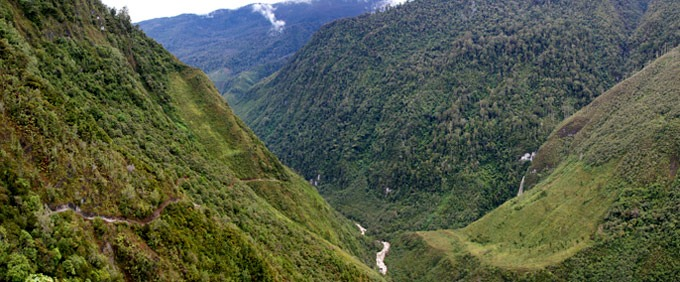 papua trek Hiking the Baliem Valley on a budget