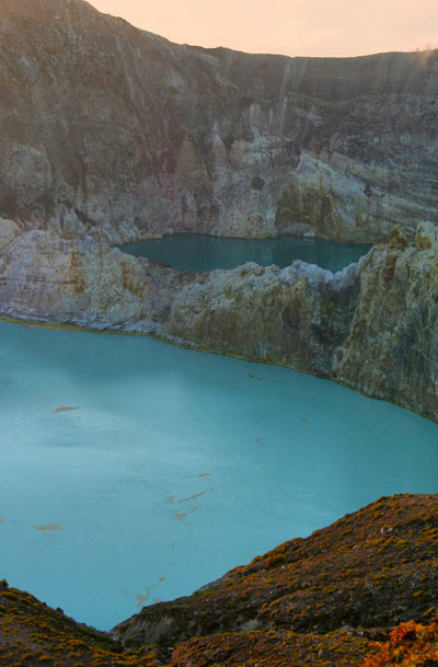 mount gunung kelimutu cool things to do in flores indonesia