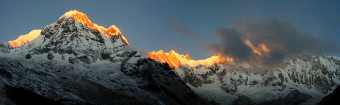 annapurna base camp sanctuary sunrise