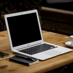 8 Ways to Save and Make Money From Your Computer When Traveling