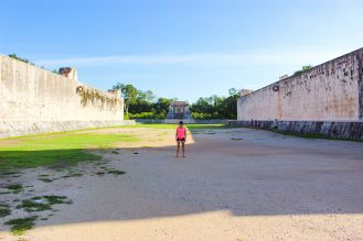Der große Ballspielplatz in Chichen Itza