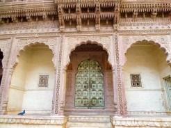 Geschnitzte Tür Mehrangarh Fort