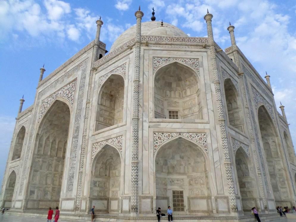 Seitenansicht Taj Mahal