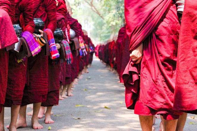 Mönchsspeisung Mandalay