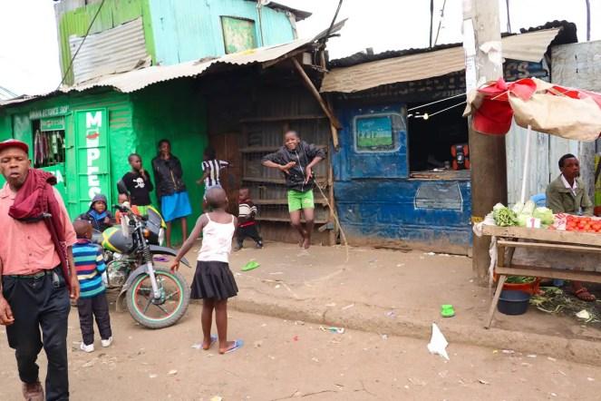 Kinder Seilspringen Mathare