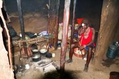 Masai Haus innen
