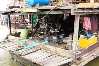 Boot Mingun Hafen