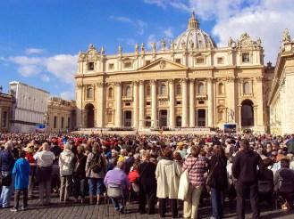 Petersdom in Vatikanstadt
