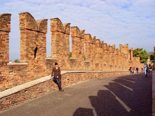 Auf der Ponte Scaligero in Verona