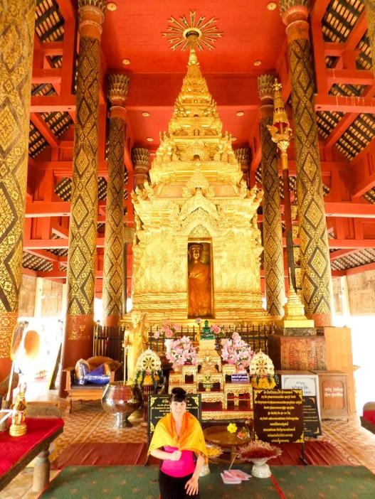 Buddha im Wat Phrathat Lampang Luang