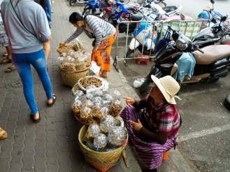 Straßenverkäufer in Mae Sai