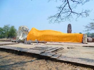 Wat Lokaya Sutharam (Liegender Buddha) in Ayutthaya