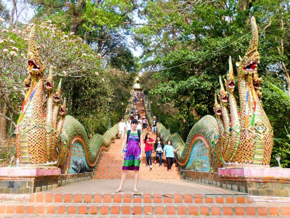Treppe führt zum Wat Phra That Doi Suthep