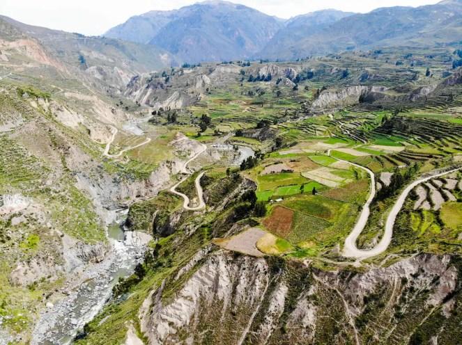 Luftaufnahme über das Colca-Tal