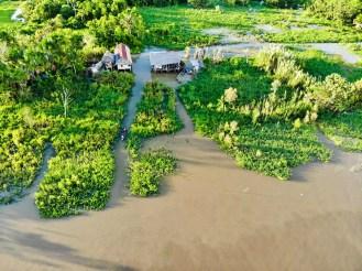 Pfahlbauten im Amazonas Dschungel Peru