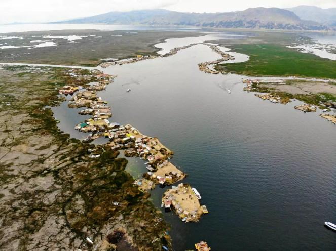Uros Schwimmende Inseln Luftaufnahme