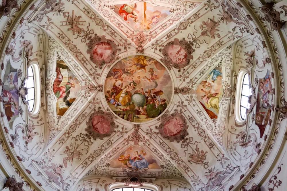 Kuppel der Klosterkirche Notre Dame du Sacré Coeur in Eichstätt