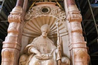 Statue von Willibald im Echstätter Dom