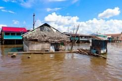 Schwimmendes Haus in Iquitos