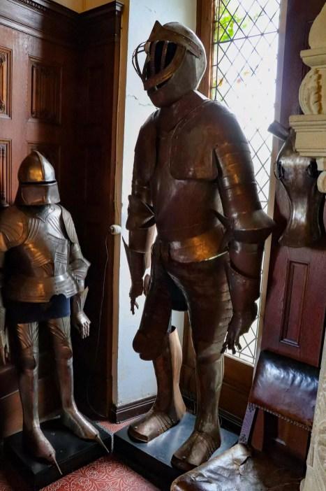 Große Ritterausrüstung in der Burg Cochem