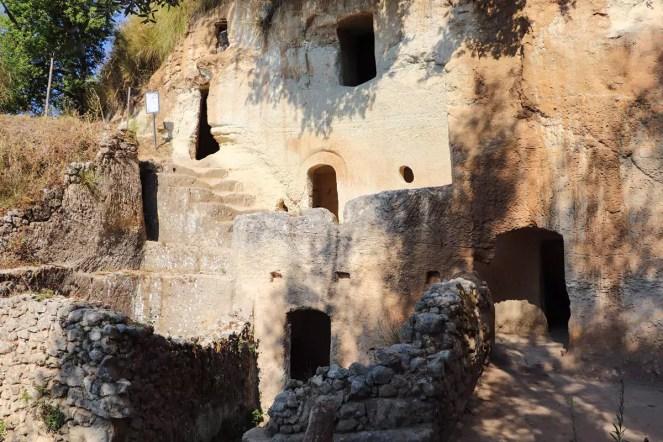 Zungri Höhlenwohnungen