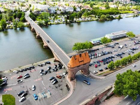 Mainbrücke und Zwillingstor Miltenberg