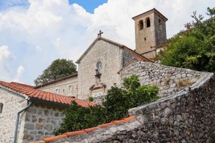 Das alte katholische Kloster in Perast, Montenegro