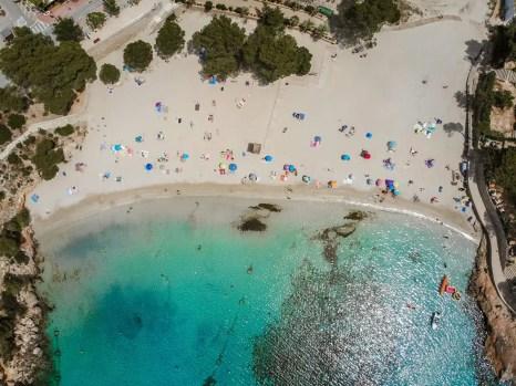 Playa de Portinatx von oben