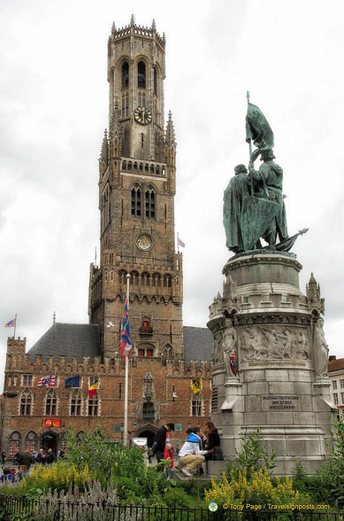 Grote-Markt-Statues