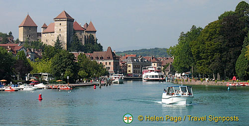 Lac d'Annecy boat cruise