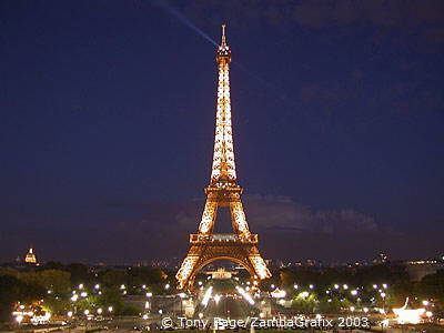 Dining At The Eiffel Tower In Paris France Restaurant Jules Verne