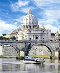 Cruising the Tiber River - Rome