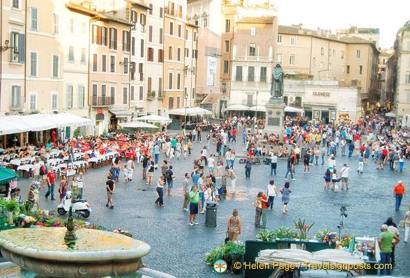 Campo Dei Fiori.Campo De Fiori Piazza In Rome Rome Italy