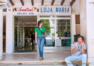 Shopfront of Santini Gelati, Cascais