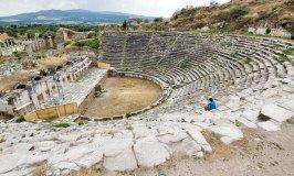 Aphrodisias Theatre – A Venue for Drama and Gladiatorial Combats