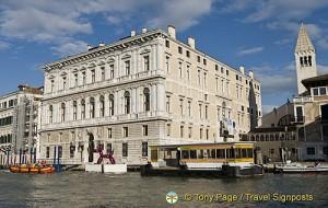 Palazzo Grassi, Venice Art