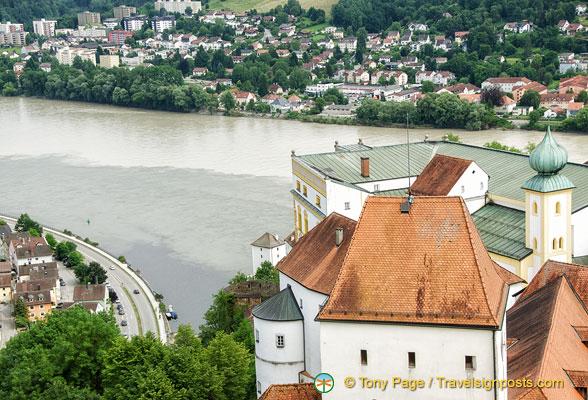 Danube Veste Attractions Cruise River Passau Oberhaus xwr1qArY